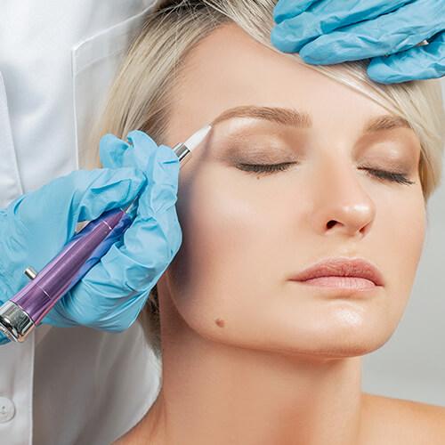 Augenbrauen verdichten mit Permanent Make-Up